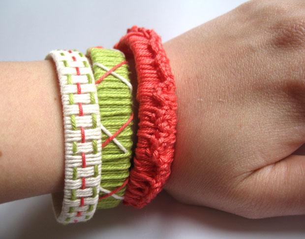 Schöne Armbänder aus Paketband und Garn selber machen – mit verschiedenen Mustern // HIMBEER