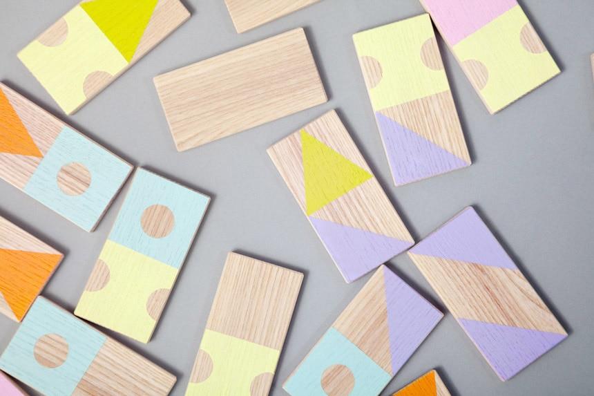 Farben-und Formen-Domino von WE LIKE MONDAYS // HIMBEER
