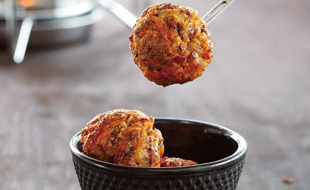 Fondue mit italienischen Fleischbällchen – Rezepte für Familien // HIMBEER