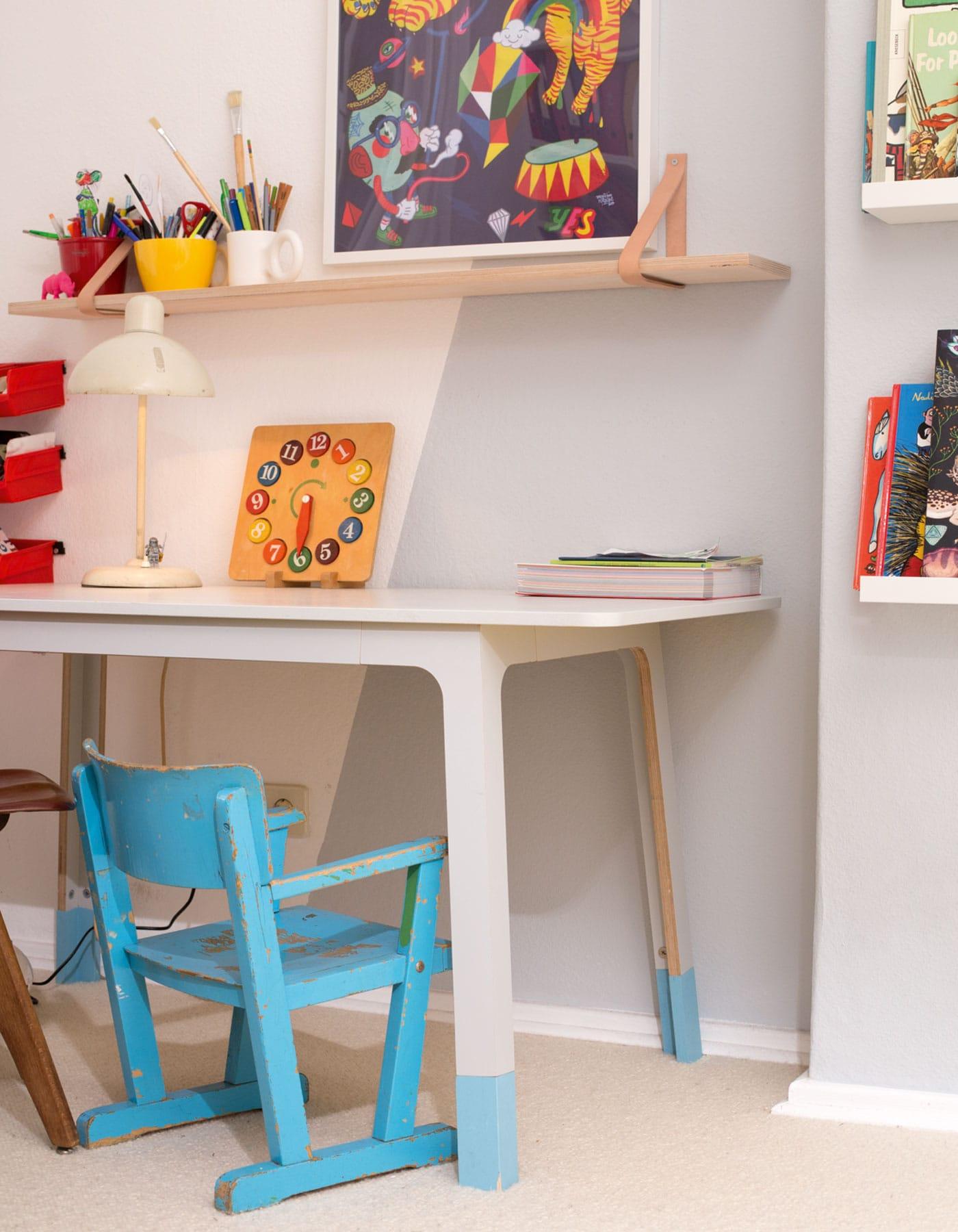 Einrichtungstipps zum Wohnen mit Kindern : Kinderschreibtisch // HIMBEER