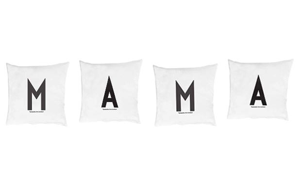 Typographie-Kissen als Geschenke zum Muttertag // HIMBEER