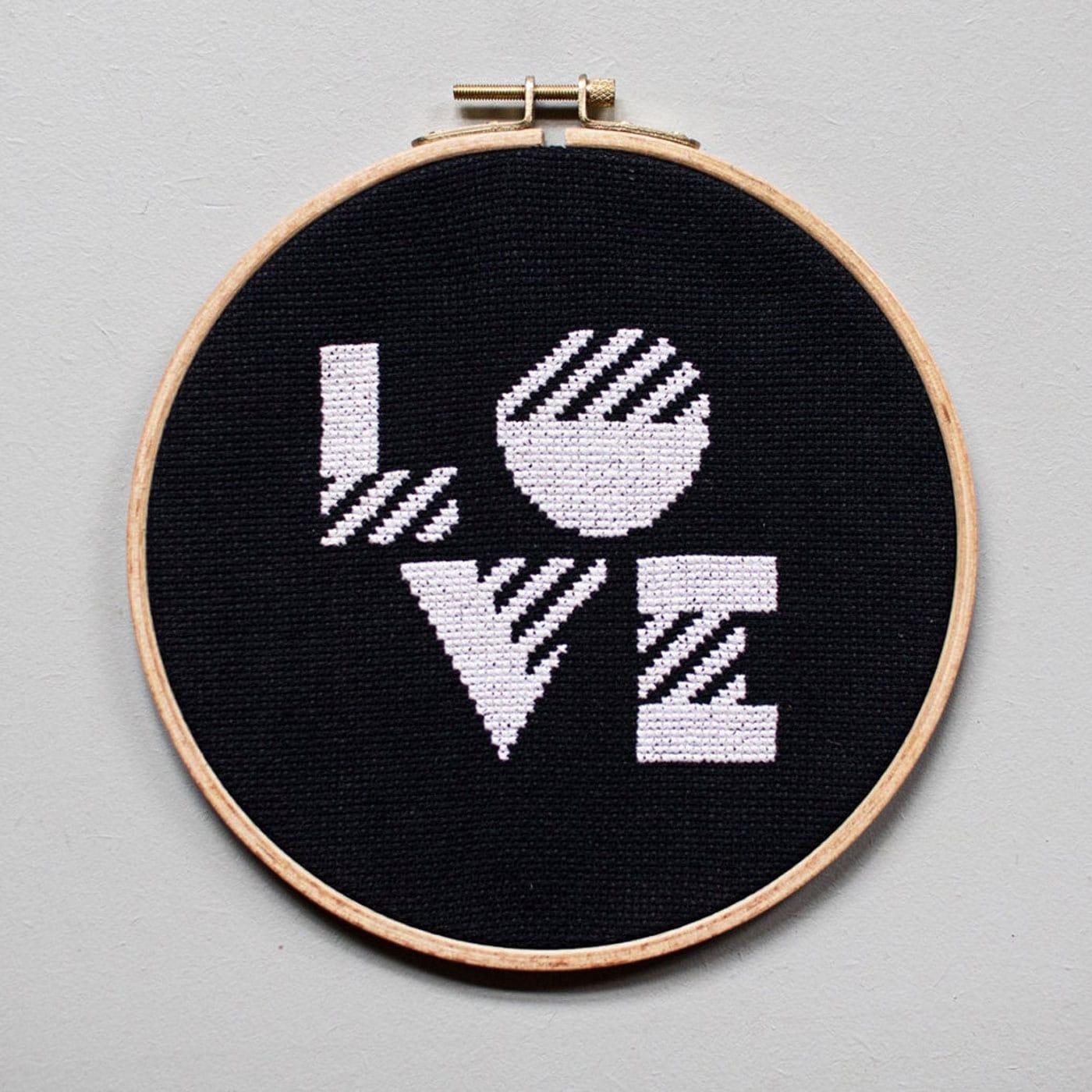 DIY-Geschenke zum Muttertag: Stick-Set Love // HIMBEER
