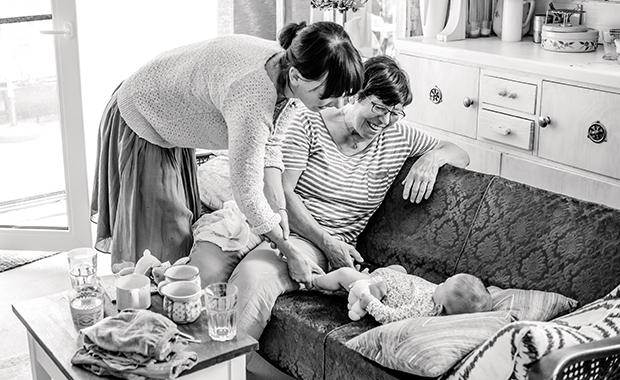 Familienfotos – wie sie gelingen, Tipps von der Familienfotografin Leni Moretti // HIMBEER