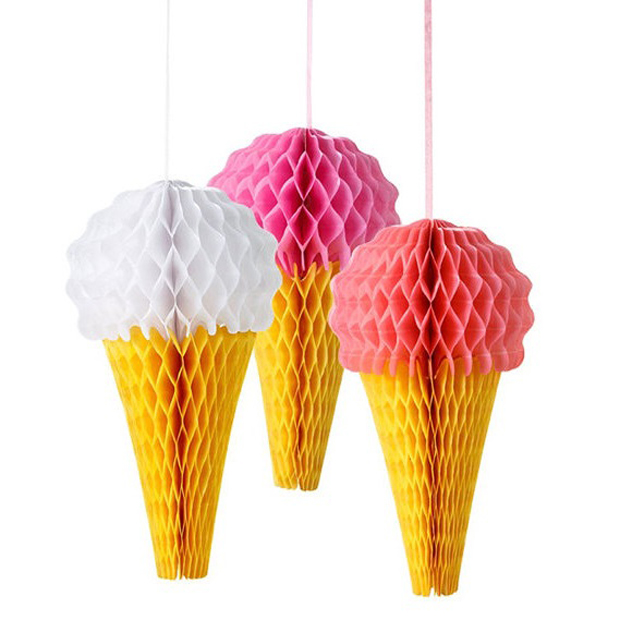 Dekoration für Kinderparyts: Papier-Eiswaffeln // HIMBEER