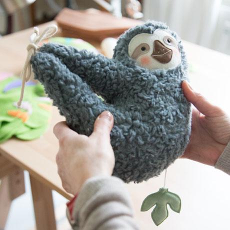 Hinter den Kulissen von Etsy: Atelierbesuch bei Kerstin Bauer: Petiti Panda Faultier // HIMBEER
