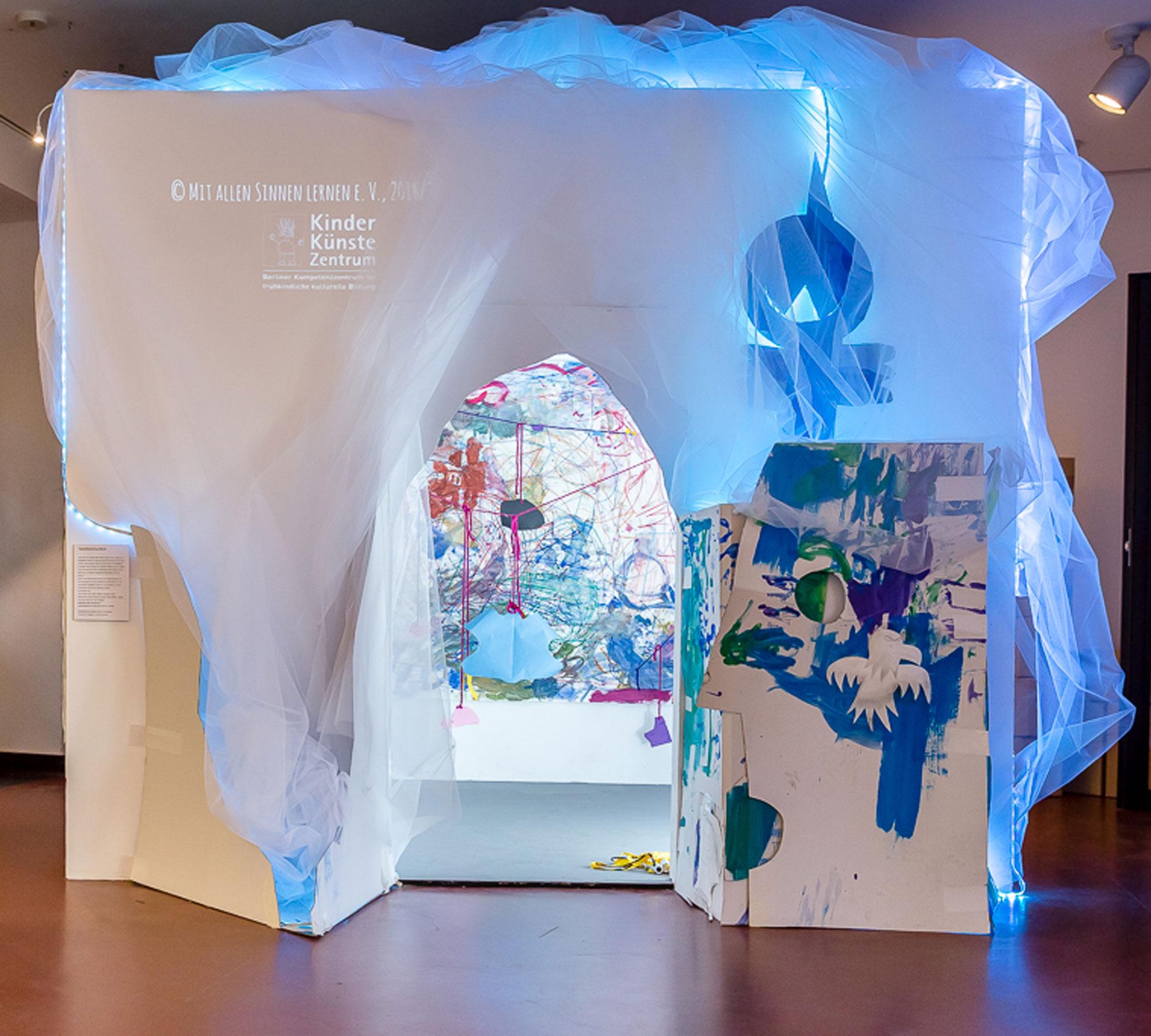Ausstellung für Kinder in Berlin: RaumErfinder im KinderKünsteZentrum Berlin | HIMBEER Magazin