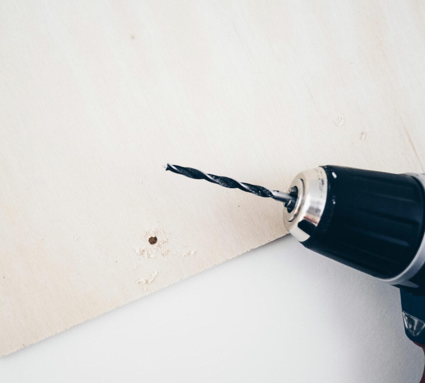 DIY-Bauanleitung für mehr Ordnung auf dem Schreibtisch // HIMBEER