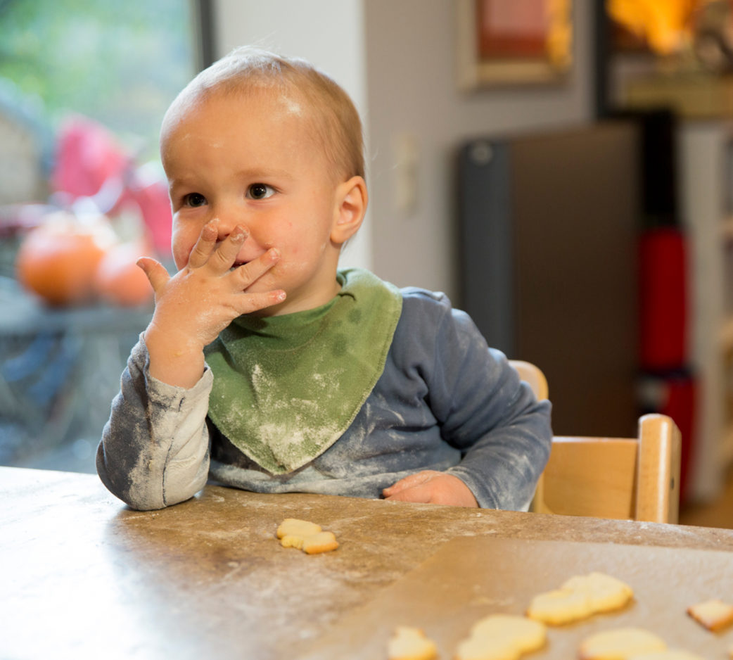 Plätzchen backen mit Kindern – Familien-Keks-Rezepte zu Weihnachten // HIMBEER