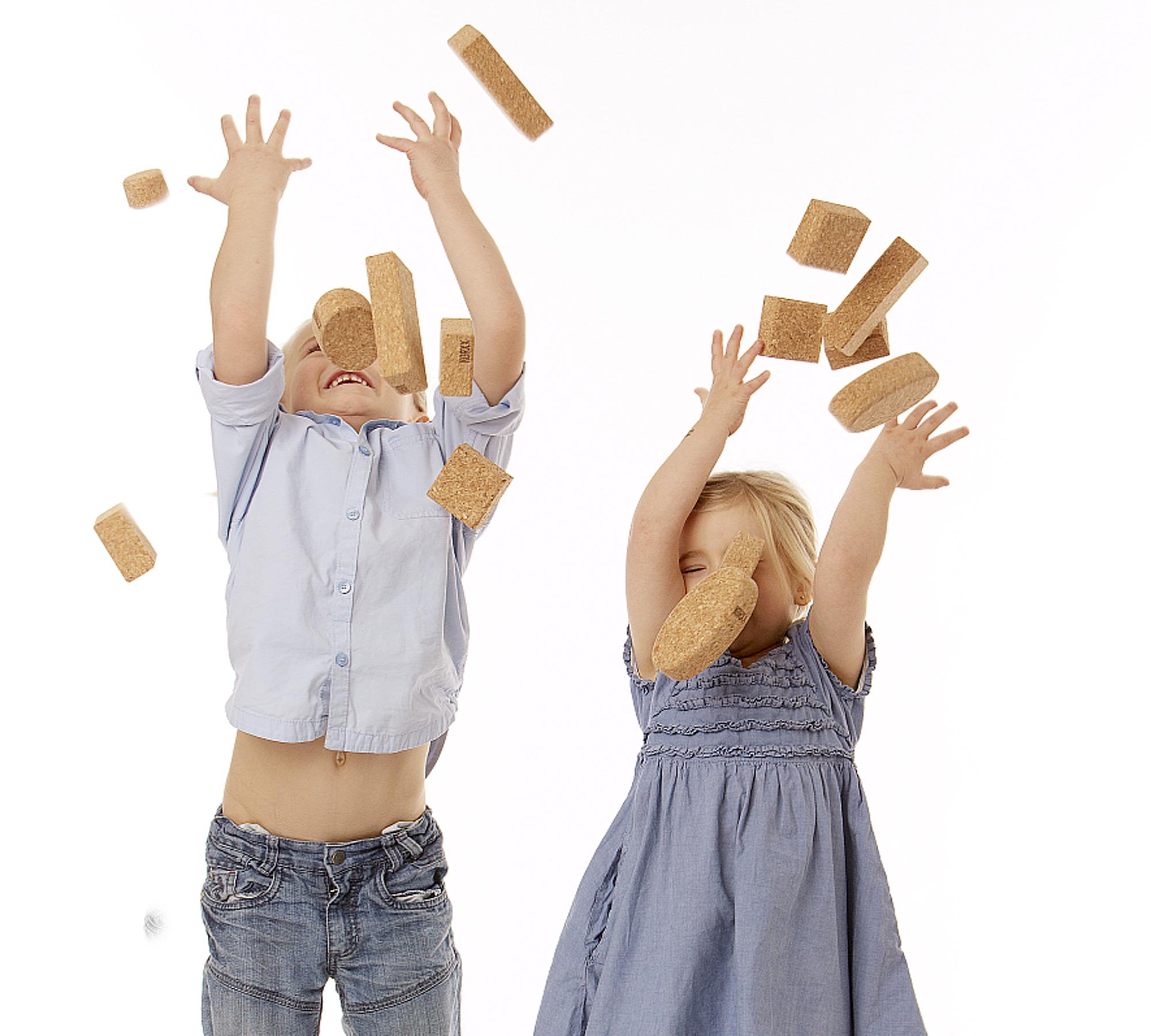 Korkbausteine von KORXX für Kinder // HIMBEER