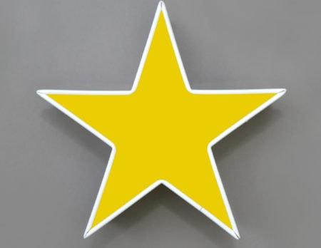Leuchtstern 26 cm gelb fürs Kinderzimmer | BELRIN MIT KIND