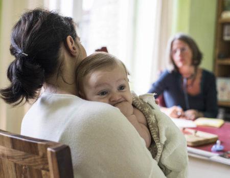 Baby beim Arzt | BERLIN MIT KIND