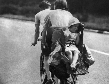 Kind auf Tandem um 1938 | BERLIN MIT KIND