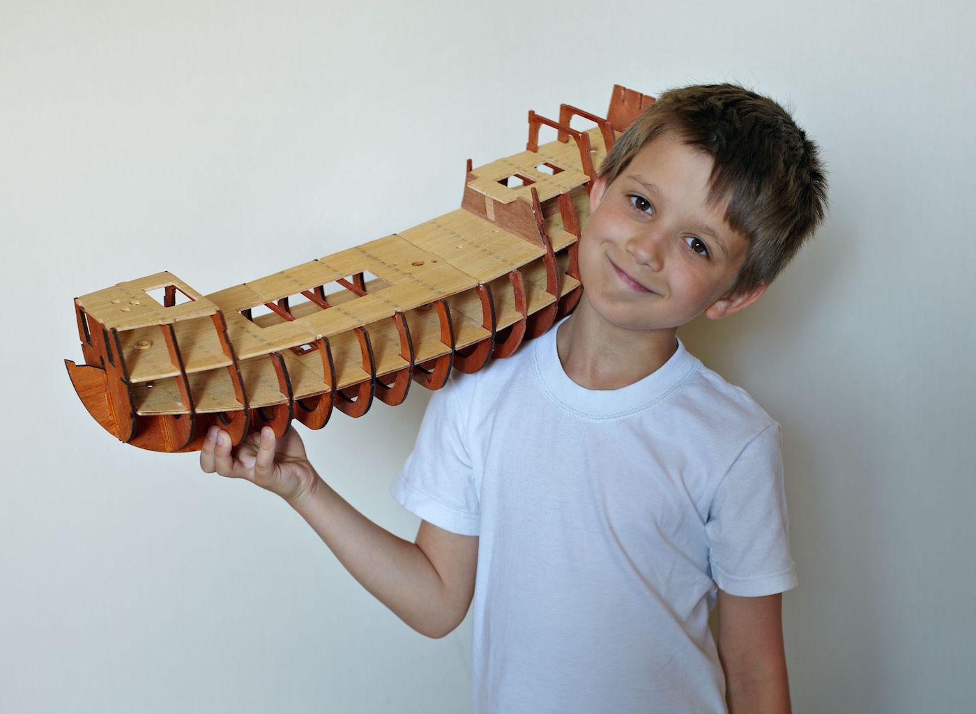 Modellbau mit Kindern // HIMBEER
