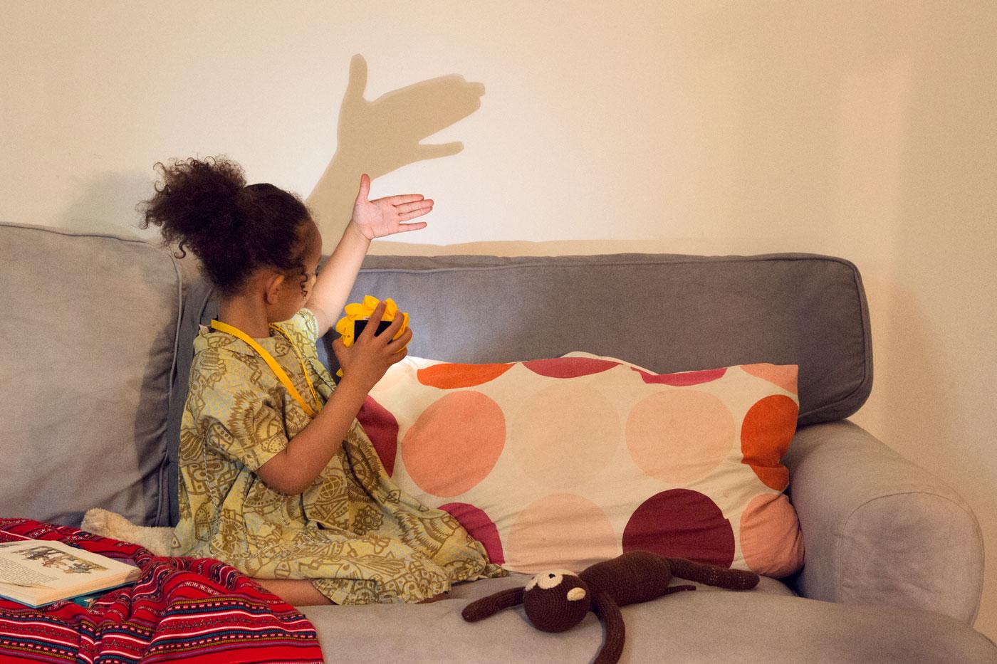 sch ne leuchten und kologische teppiche f r kinder berlin mit kind. Black Bedroom Furniture Sets. Home Design Ideas