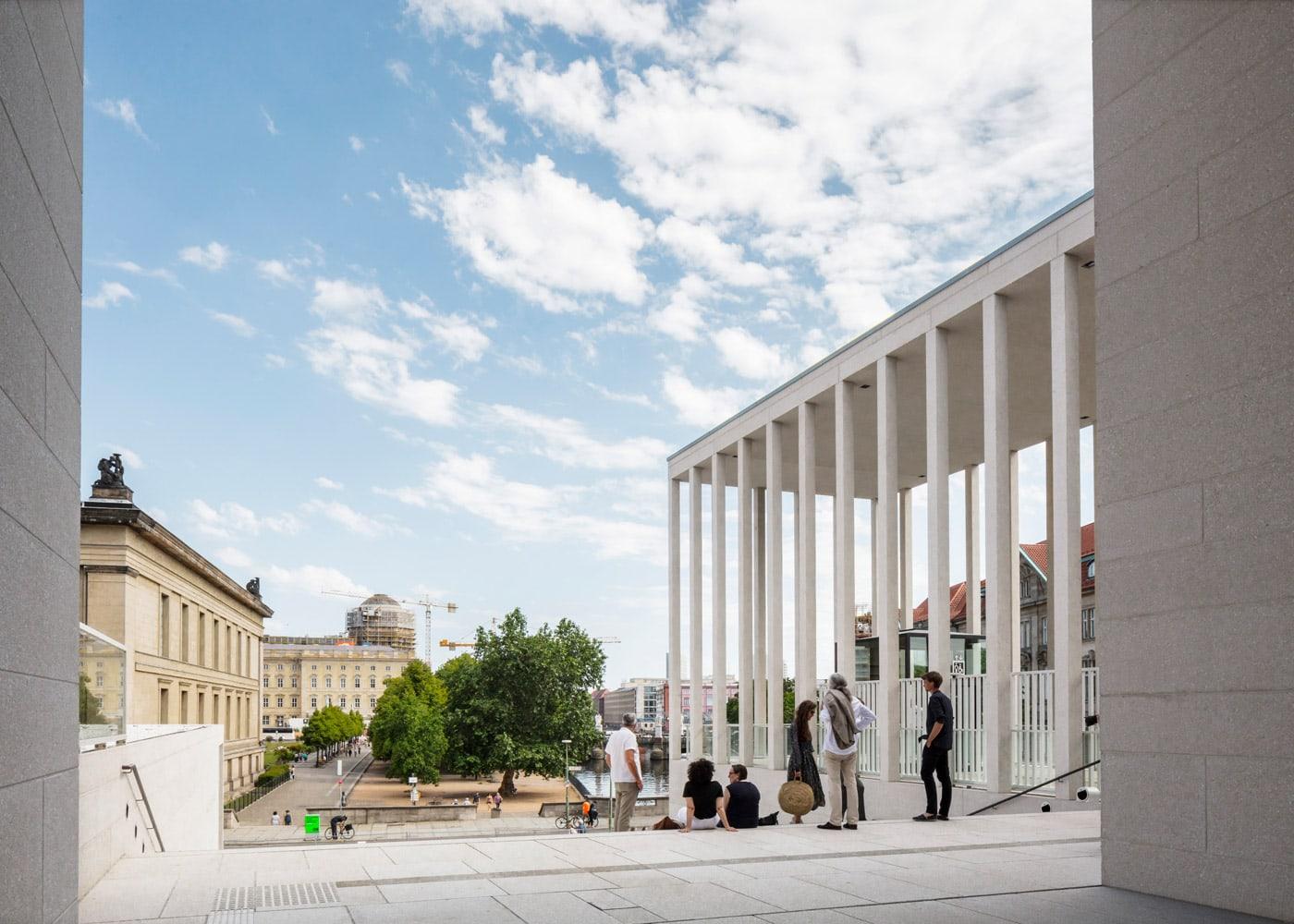 Museumsinsel: James-Simon-Galerie in Berlin // HIMBEER
