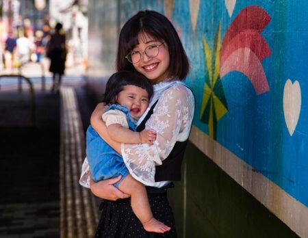 Mutter mit Kind in Japan // HIMBEER