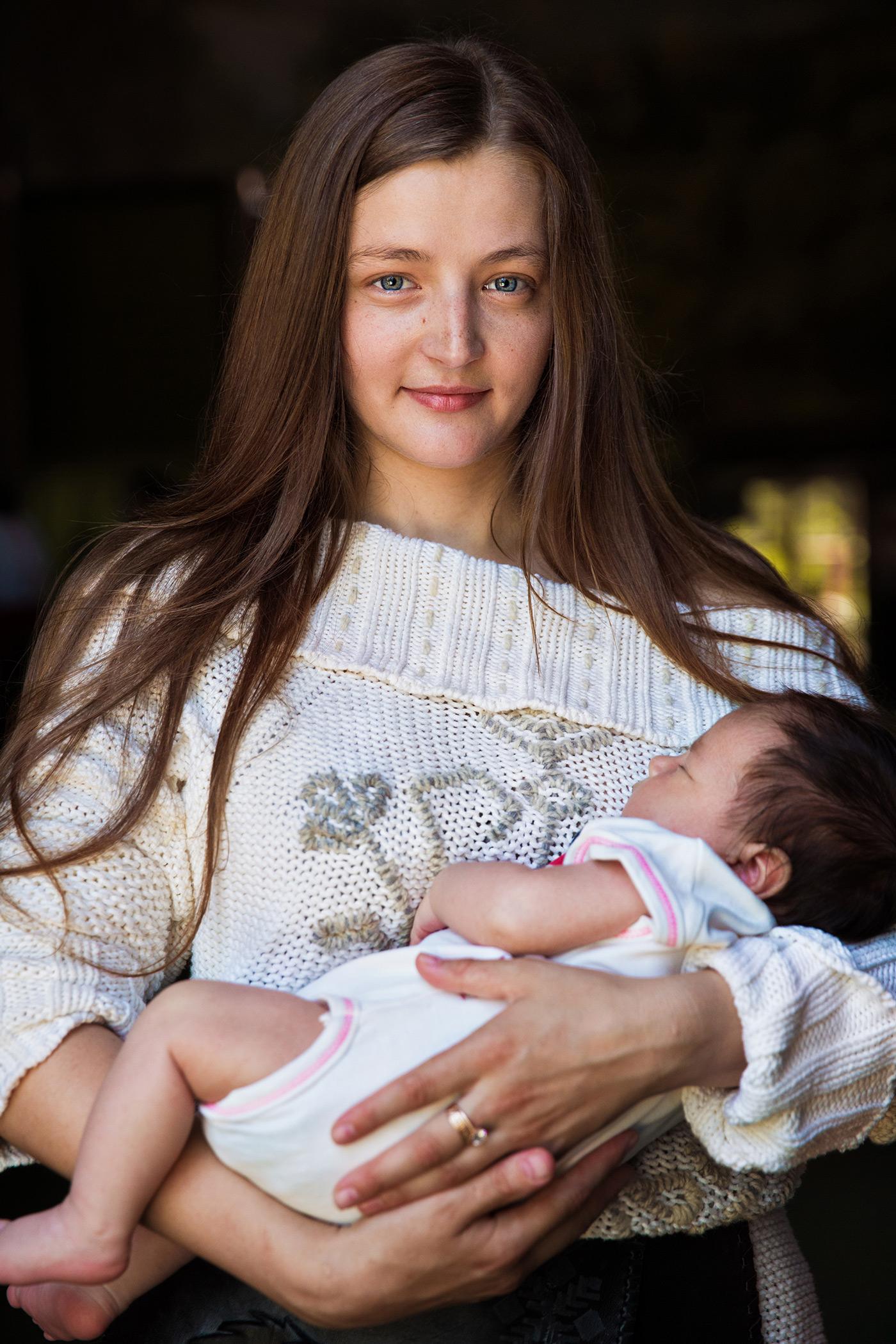 Mutter mit Kind in Moldawien