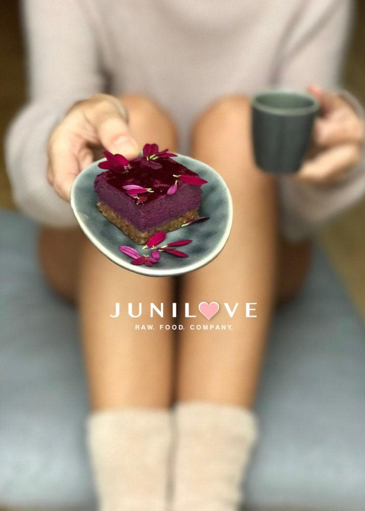 Junilove-Flyer // HIMBEER
