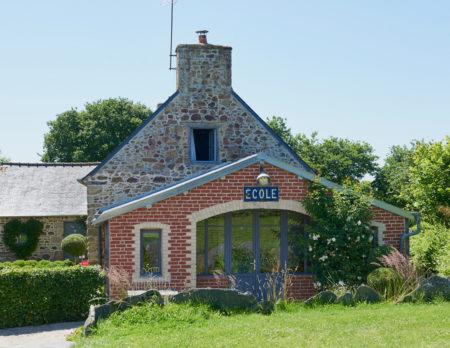 Cottage dans la prairie