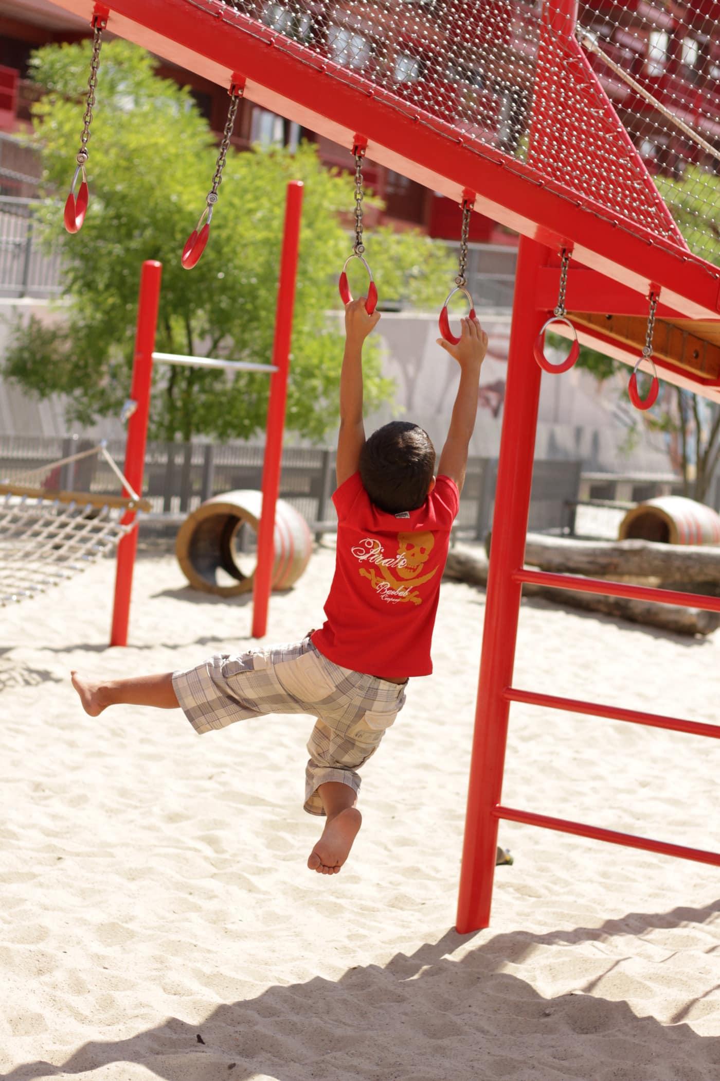 Roter Spielplatz Berlin