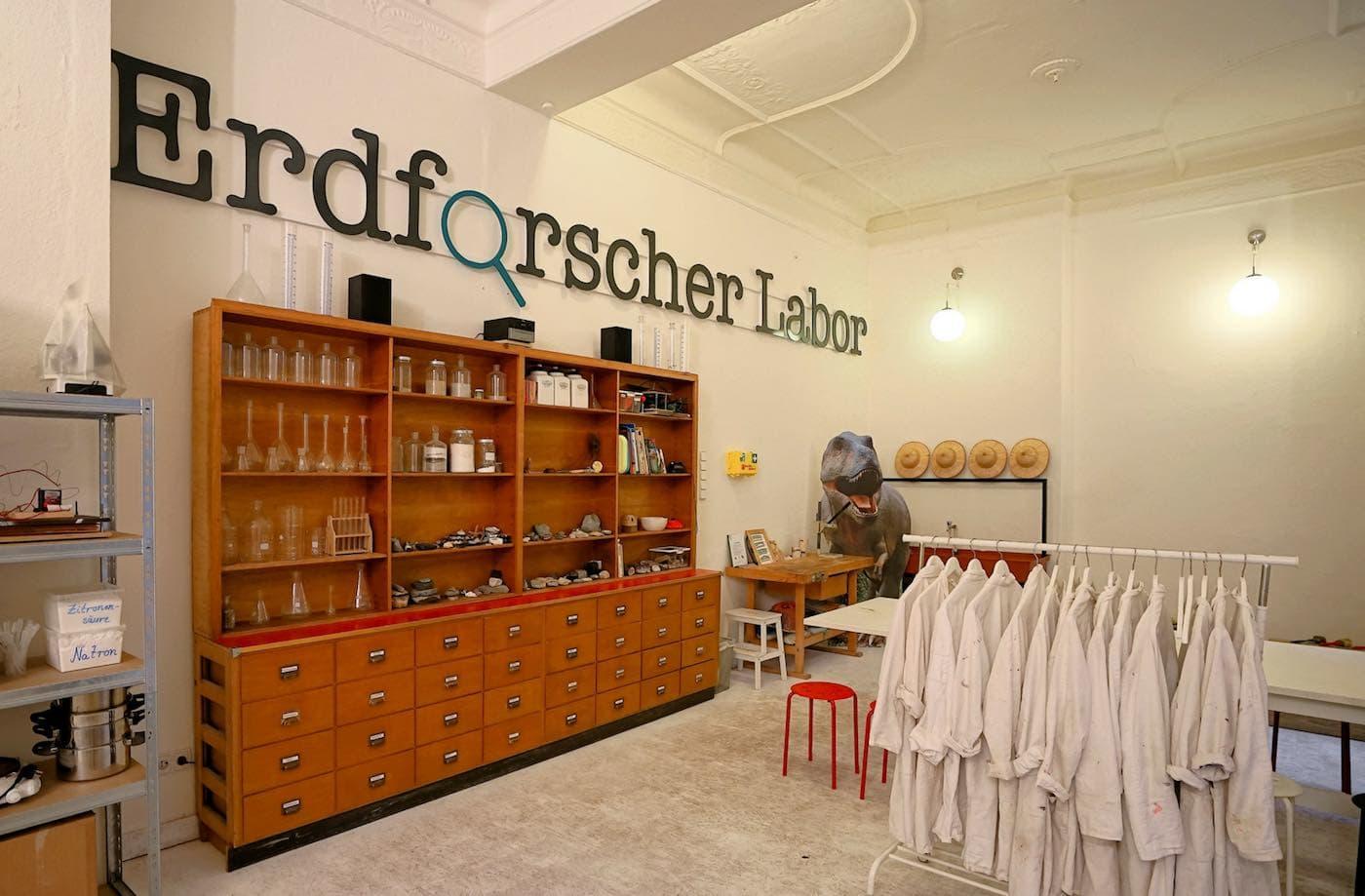 Kittel und Labor // HIMBEER