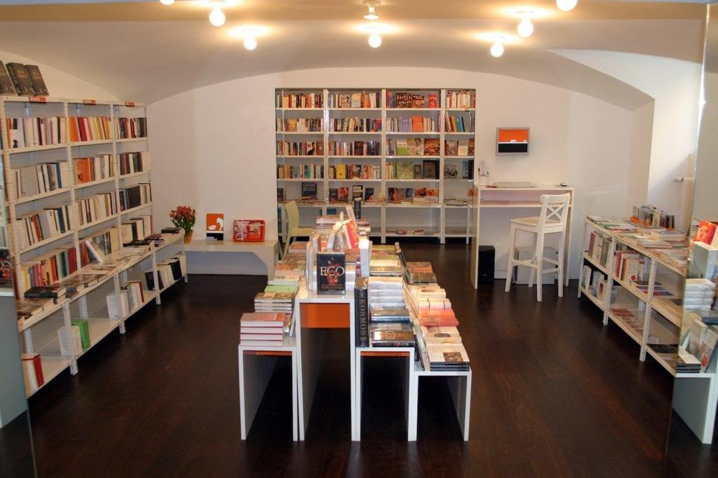 Top 10 Kinderbuchläden in Berlin: Buchhandlung HundtHammerStein // HIMBEER