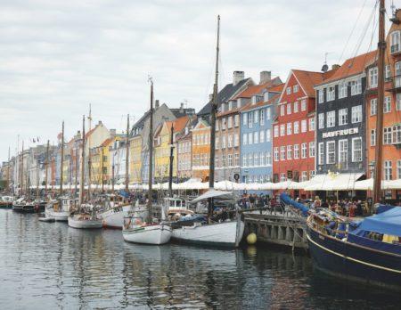 Nyhavn in Kopenhagen // HIMBEER