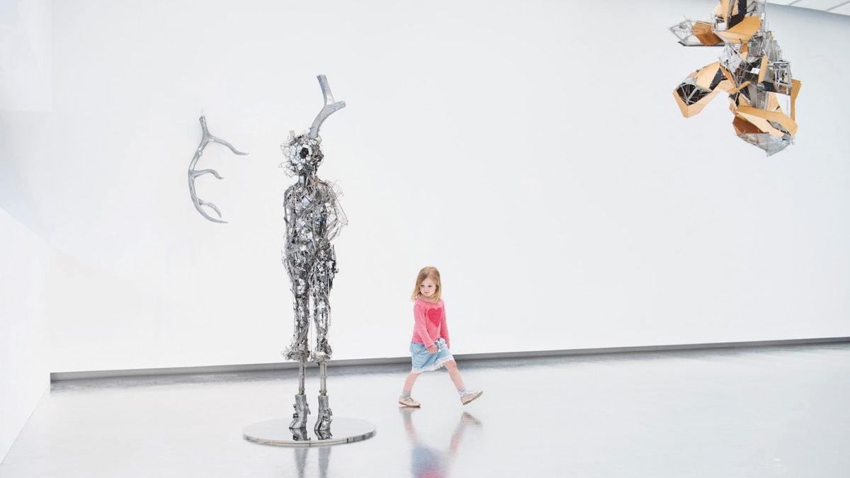 In Berlin mit Kind Kunst im Martin-Gropius-Bau bei Lee Bul erleben // HIMBEER