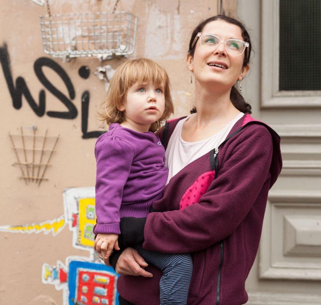 Kinderfreundliche Stadtführungen in Berlin: Street-Art-Führungen Berlin mit Kindern // HIMBEER