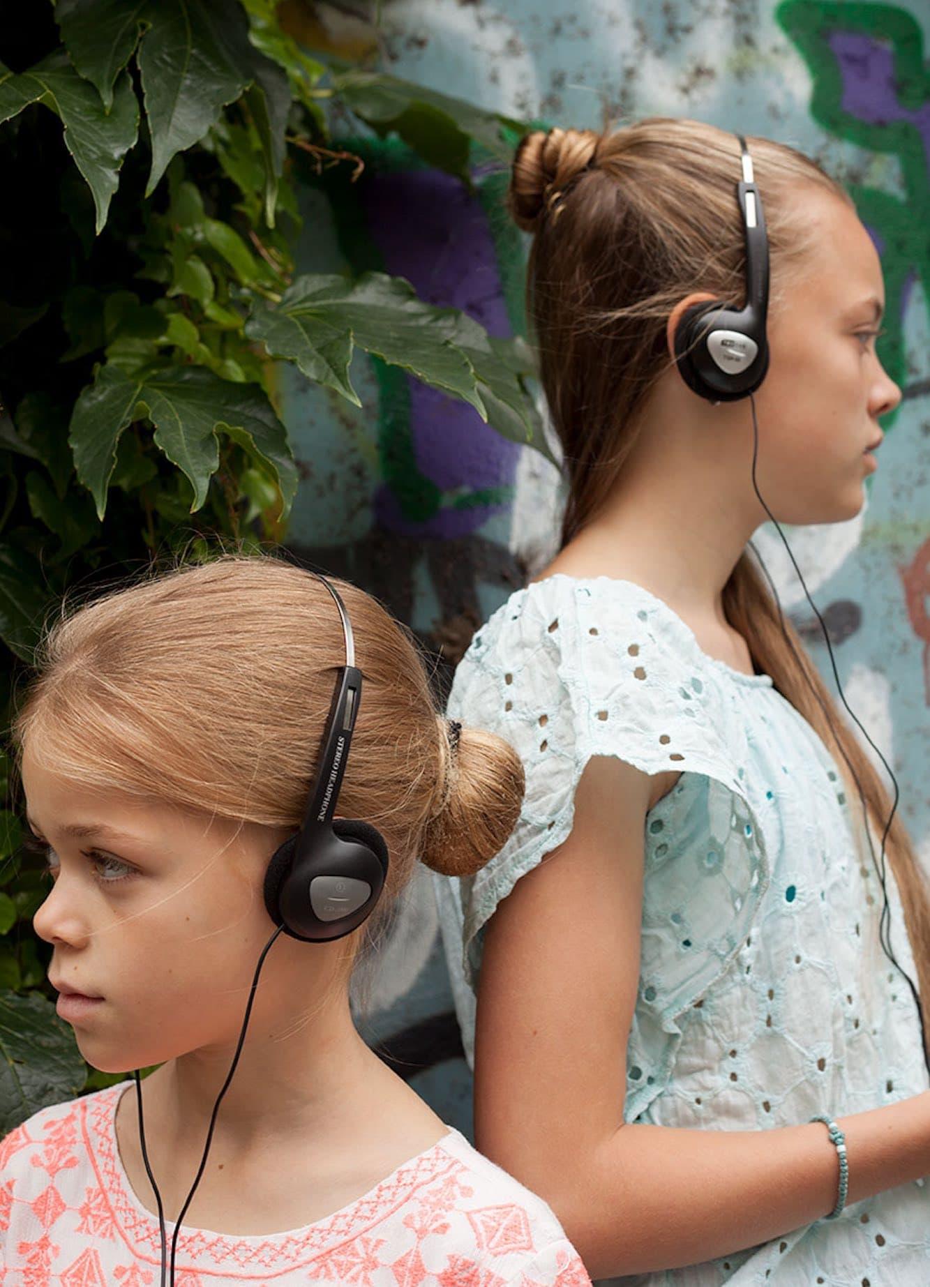 Kinderfreundliche Stadtführungen in Berlin: Stadt im Ohr. Audiotour durch Berlin-Prenzlauer Berg mit Kindern // HIMBEER