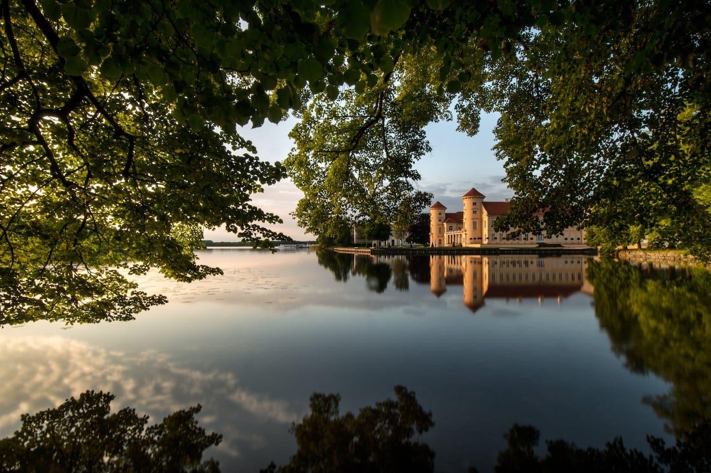 Schloss Rheinsberg // HIMBEER