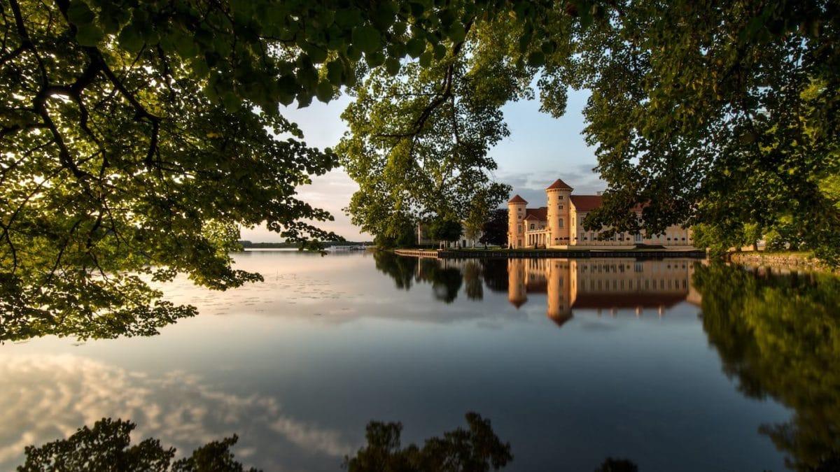Herbstausflug mit Kindern: Schloss Rheinsberg // HIMBEER