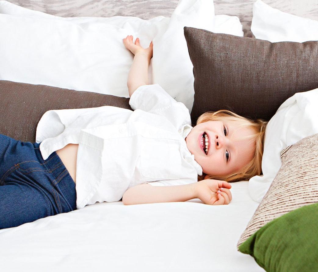 Schlafprobleme bei Zeitumstellung: Tipps für Babys und Kleinkinder // HIMBEER