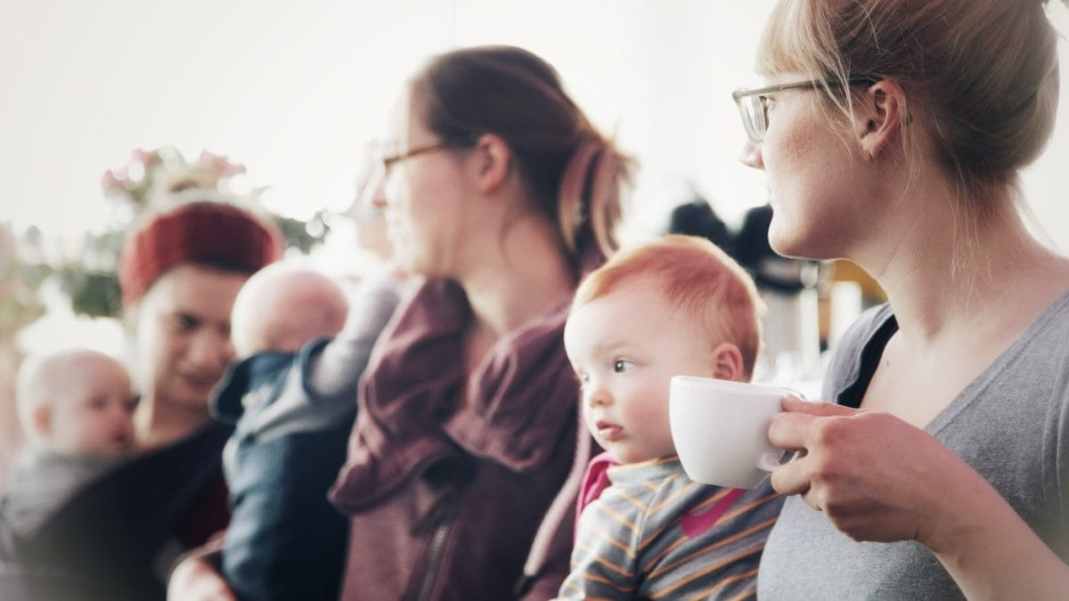 Mütter treffen Mütter mithilfe von Momunity // HIMBEER
