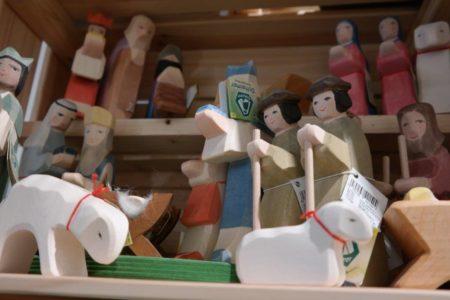 Holzfiguren // HIMBEER