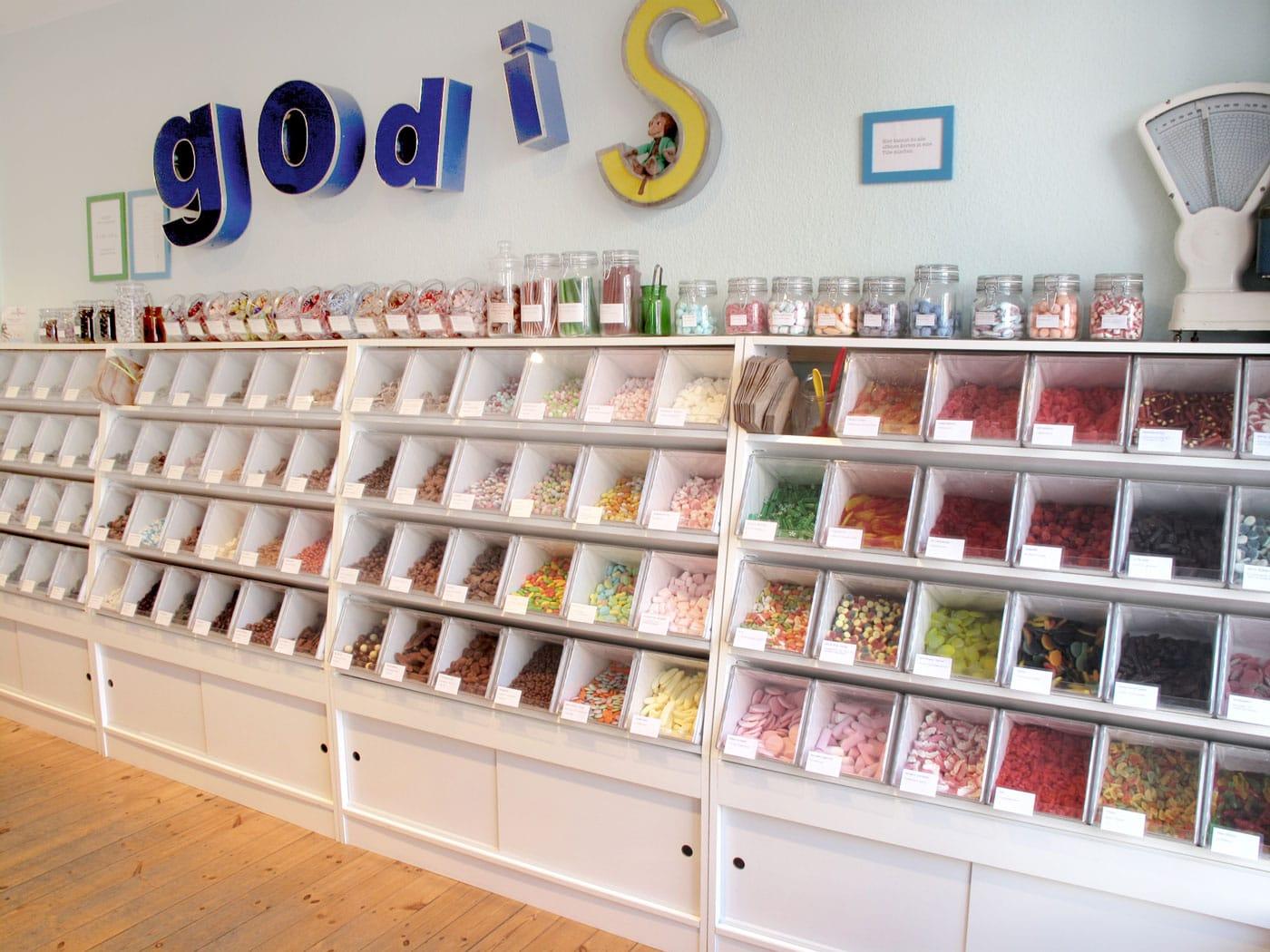 Adventskalender für Kinder: Top 10 Süßigkeiten-Läden in Berlin: godis // HIMBEER