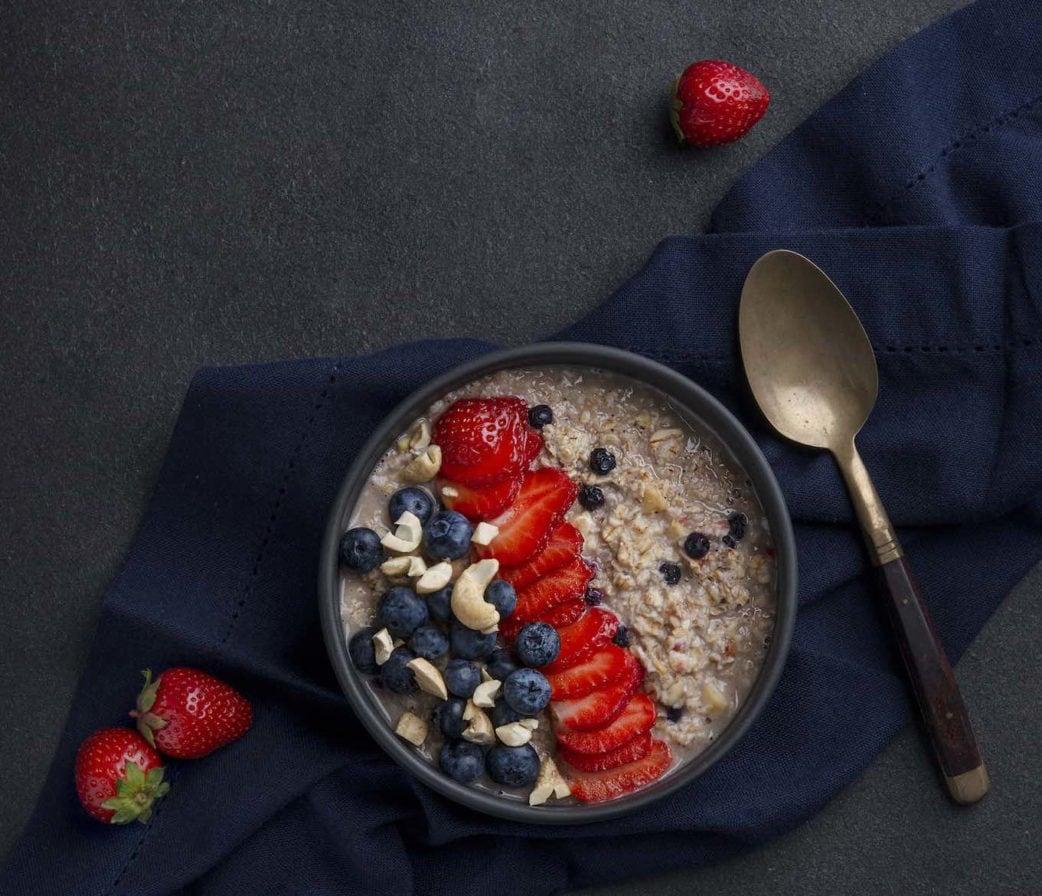 Frühstücksbowl von Frau Ultrafrisch // HIMBEER