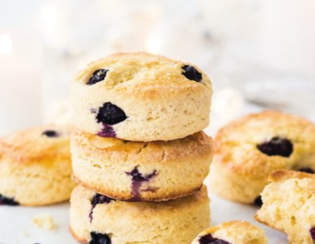Blueberry Lemon Scones // HIMBEER