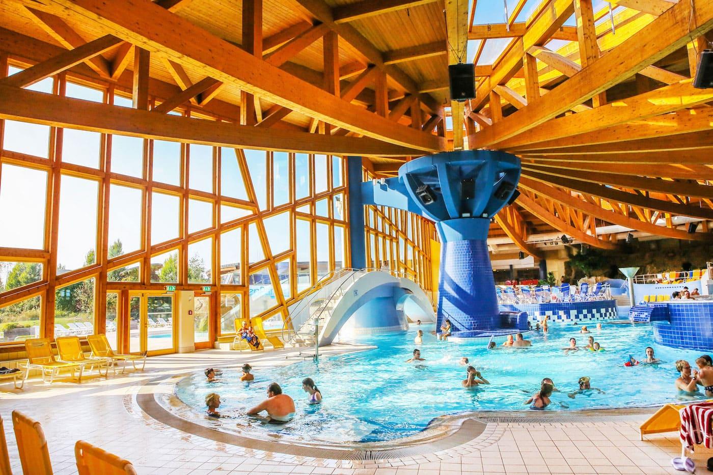 Spaßbad in Brandenburg: Naturtherme Templin // HIMBEER