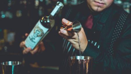 Beim Cocktailmixen // HIMBEER