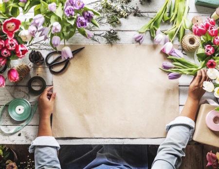 Florist bei der Arbeit // HIMBEER