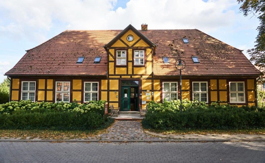 Gutshaus Neuendorf – Tipp für Familienurlaub auf Usedom // HIMBEER