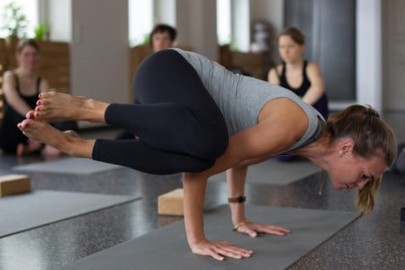 Yogaleher-Ausbildung in der Yogibar Akademie Berlin // HIMBEER
