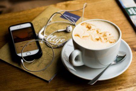 Top 10 Podcasts aus Berlin: Café und Musik // HIMBEER