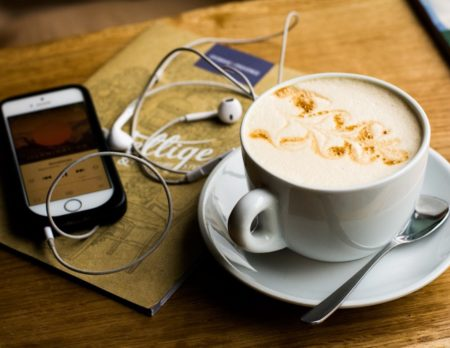 Top 10 Podcasts aus Berlin: Café und Musik // HIMBEER