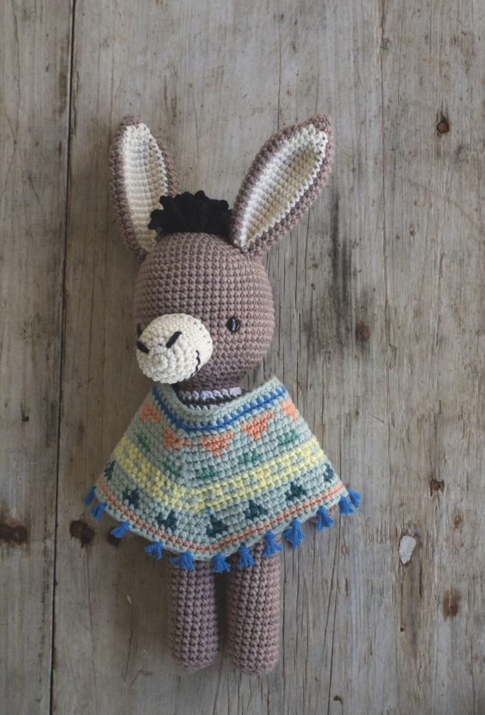 DIY-Stofftier: Einen niedlichen Esel häkeln // HIMBEER