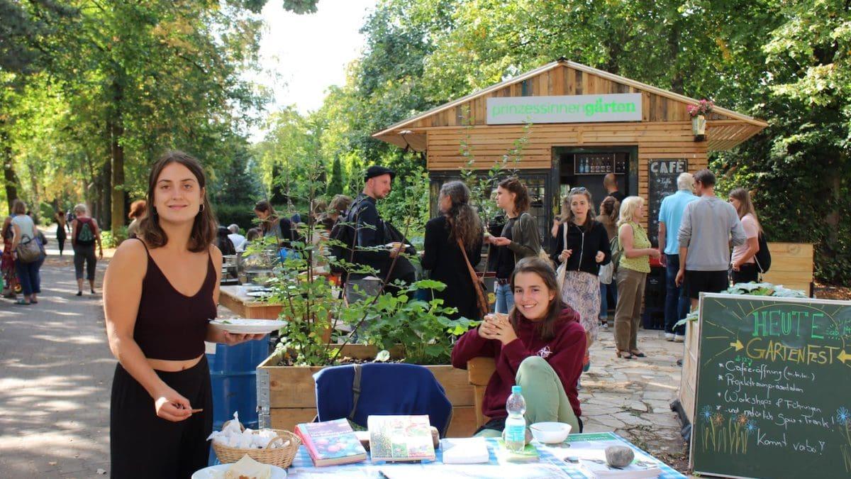 Urban Gardening mit Kindern in Berlin // HIMBEER