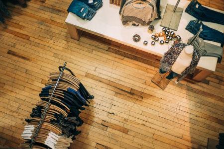 Top 10 Nachhaltige Mode in Berlin Kleisungsgeschäft // HIMBEER
