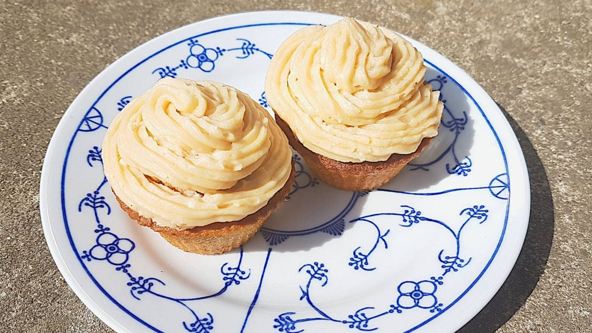 Salted-Caramel-Cupcakes zum Muttertag // HIMBEER