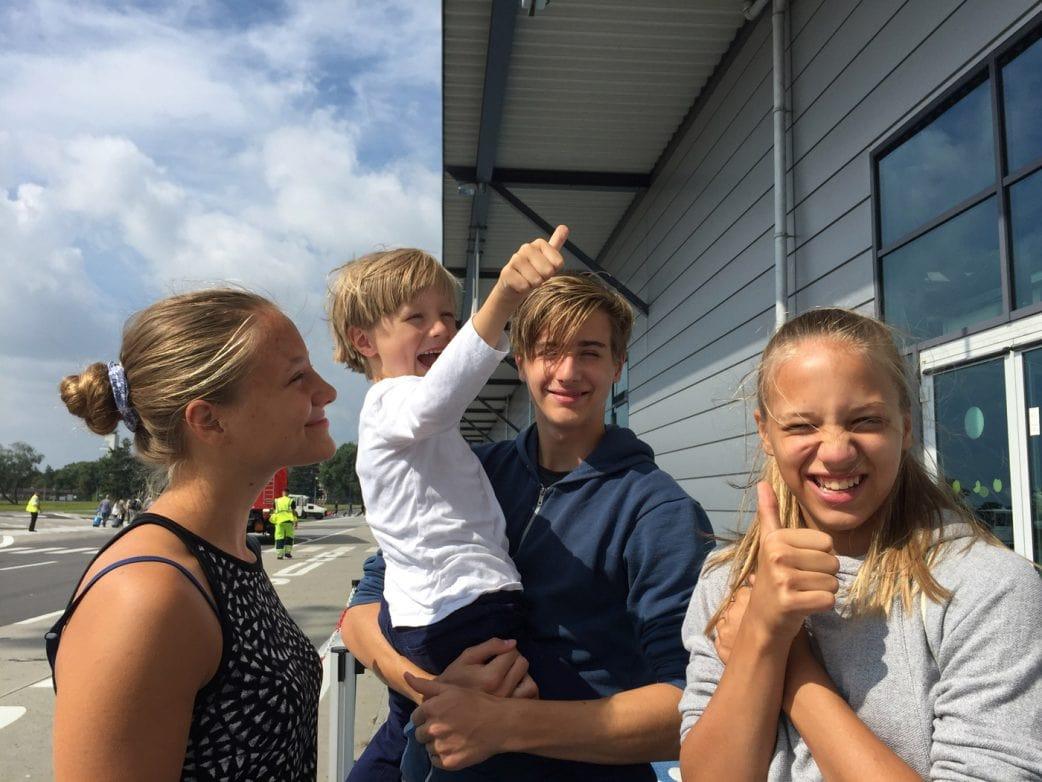 Flugreisen mit Kindern: Tipps zum Fliegen mit Kindern // HIMBEER